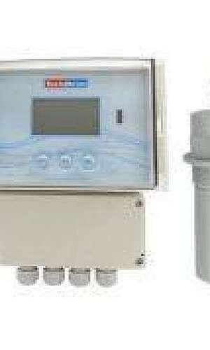 Medidor de nível ultrassônico