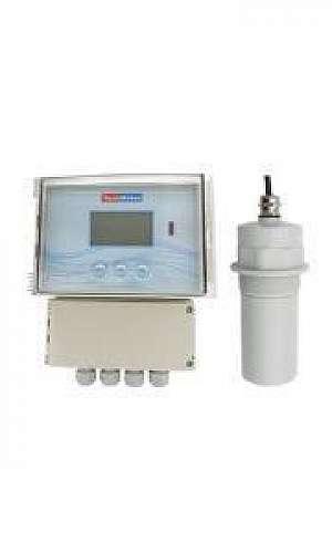 Medidor de vazão ultrassônico para calha parshall